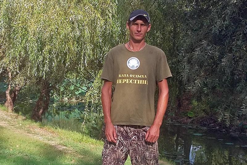 "Коротков Александр Владимирович - егерь базы отдыха ""Нерестина"""